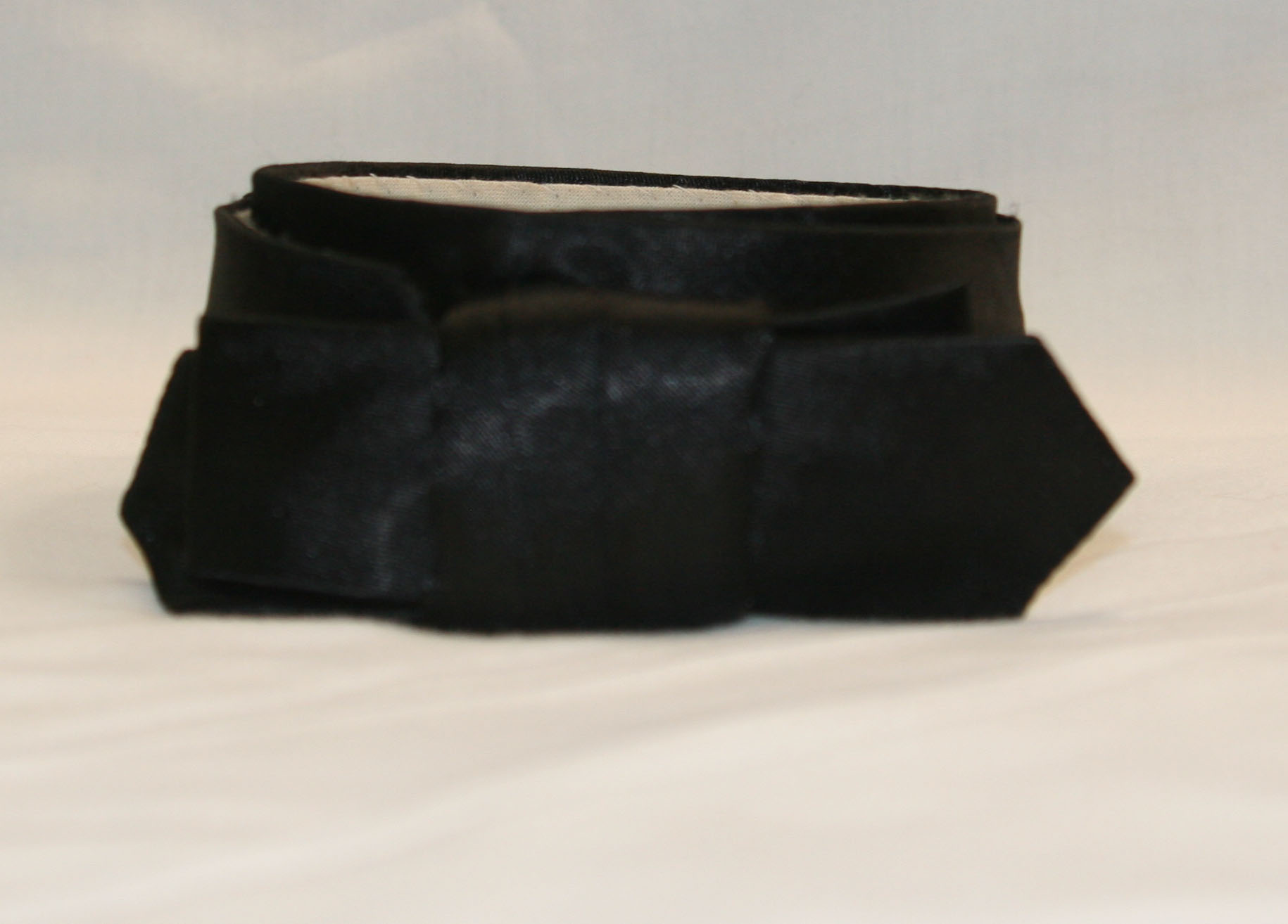 Spring Cravat Black Satin